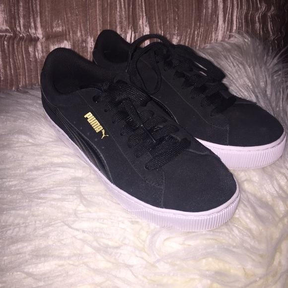 a36cda6a1ede Lowest price!! Puma Vikky Platform black sneaker. M 5a52bfcc46aa7ce275006a09